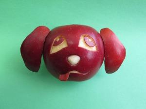Ένα σκυλάκι από φρούτα...